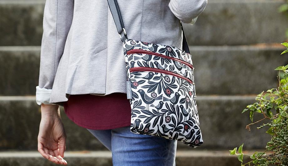 Canvas Flat Crossbody Bags